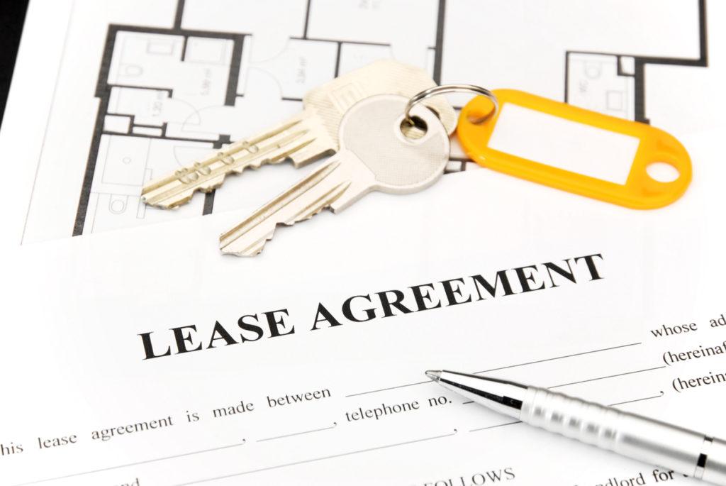 Lease Agreement Photo Credit: eccolo74 (iStock).