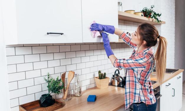 10 Genius Hacks to Clean Your Kitchen