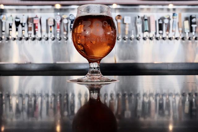 Craft Beer Photo Credit: Brian Gonzalez (Flickr).