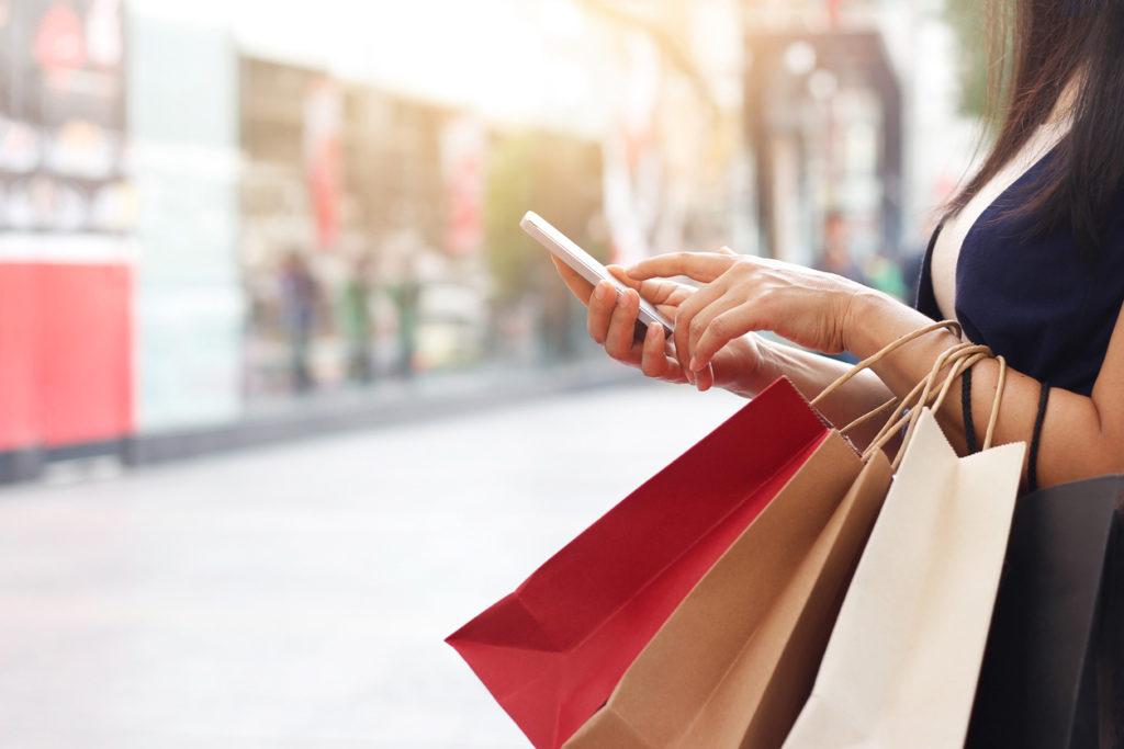 Shopping, Photo Credit: ipopba (iStock).