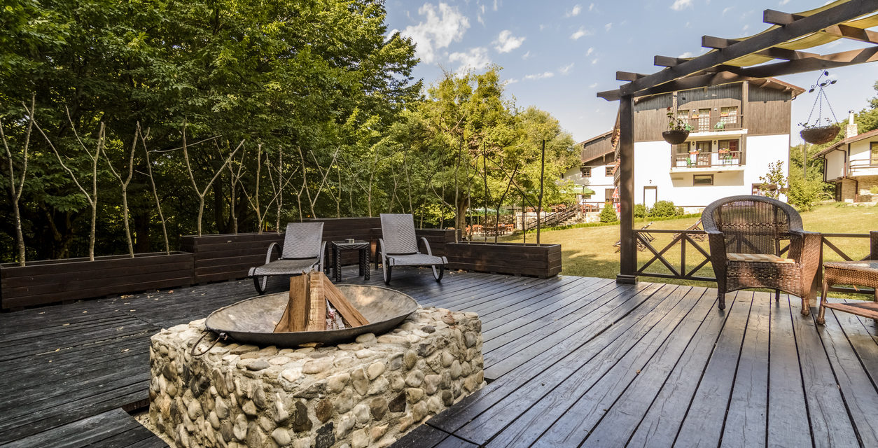 5 Outdoor Projects That Increase Home Value