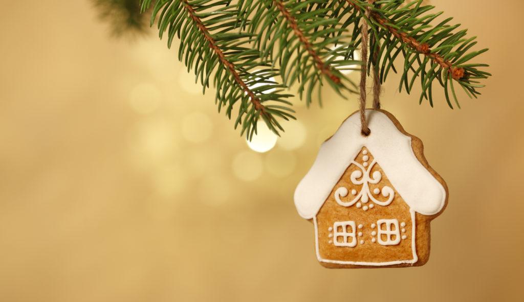 DIY Gingerbread, Christmas Tree, Photo Credit: heliopix (iStock).